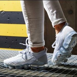 ✔️ New✔️ NIKE Air Vapormax Flyknit 3